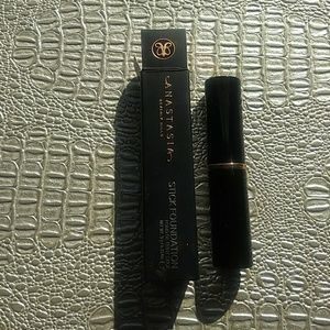 Anastasia amber foundation stick